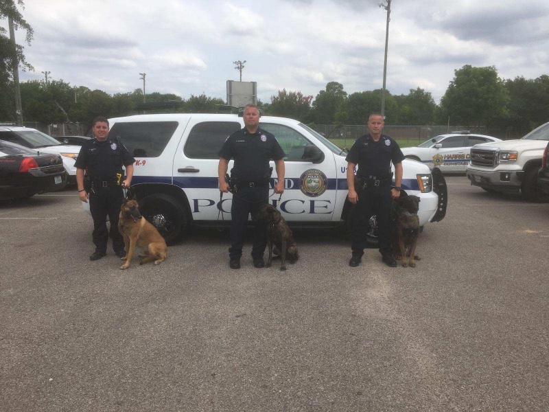 Pearland PD Officers Graduate K9 School